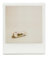 http://www.robinwaart.nl/files/gimgs/th-85_85_001-izone-110113-2210-hrs-enschede-nl-2000--polaroid-i-zone-barbie-2000--1245-eur.png