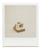 http://www.robinwaart.nl/files/gimgs/th-85_85_003-1000-110115-1328-hrs-aalsmeer-nl-1977-1985-polaroid-land-camera-supercolor-1000-red-button-smooth-metal-strip-text-left-1977-1985-1000-eur.png