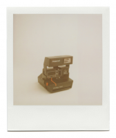 http://www.robinwaart.nl/files/gimgs/th-85_85_043-80s-110329-0437-hrs-seattle-wa-us-1986-1992-polaroid-onestep-flash-red-line-1986-1992-2915-usd.png