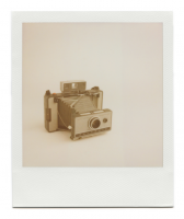 http://www.robinwaart.nl/files/gimgs/th-85_85_057-automatic-110403-2136-hrs-garching-de-1967-1969-polaroid-land-camera-automatic-230-1967-1969-1551-eur.png