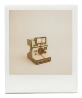 http://www.robinwaart.nl/files/gimgs/th-85_85_082-081b-1000-110430-0703-hrs-amstelveen-nl-1977-1985-polaroid-land-camera-1000-red-button-ribbed-plastic-strip-text-left-with-polatronic-flash-1977-1985.png