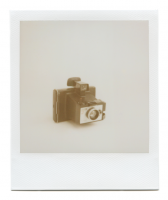 http://www.robinwaart.nl/files/gimgs/th-85_85_087-zip-1105011549-hrs-derby-derbyshire-uk-1972-1975-polaroid-land-camera-square-shooter-2-1972-1975-1070-gbp.png
