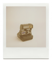 http://www.robinwaart.nl/files/gimgs/th-85_85_095-rounded-110614-0348-hrs-seattle-wa-us-1995-1996-polaroid-onestep-talking-camera-qps-600-film-indication-1995-1996-3349-usd.png