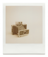 http://www.robinwaart.nl/files/gimgs/th-85_85_100-automatic-110707-0238-hrs-atkinson-il-us-1967-1969-polaroid-automatic-250-land-camera-1967-1969-3549-usd.png