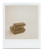http://www.robinwaart.nl/files/gimgs/th-85_85_111-110b-spectra-110717-2201-hrs-munster-de-1994--polaroid-spectra-system-se-with-close-up-attachment-1994-.png