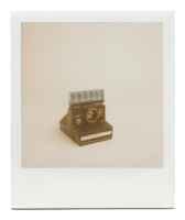 http://www.robinwaart.nl/files/gimgs/th-85_85_127-126b-pronto-110814-1843-hrs-dunn-nc-us-1976-1977-polaroid-land-camera-pronto-se-smooth-white-strip-without-flash-bar-1976-1977.png