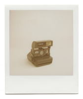 http://www.robinwaart.nl/files/gimgs/th-85_85_137-rounded-110908-0254-hrs-sharon-pa-us-1995-polaroid-one-step-1995-2224-usd.png