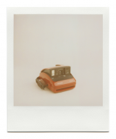 http://www.robinwaart.nl/files/gimgs/th-85_85_148-one-110930-0357-hrs-launceston-tasmania-au-2004-polaroid-one600-rossa-rossa-on-front-top-right-2004-13500-aud.png